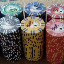 2 strip poker chips